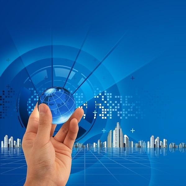 Afbeelding van hand die digitale wereldbol vasthoudt
